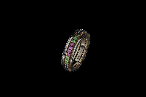 Золотое кольцо с драгоценными камнями синего, розового и зеленоватого цвета