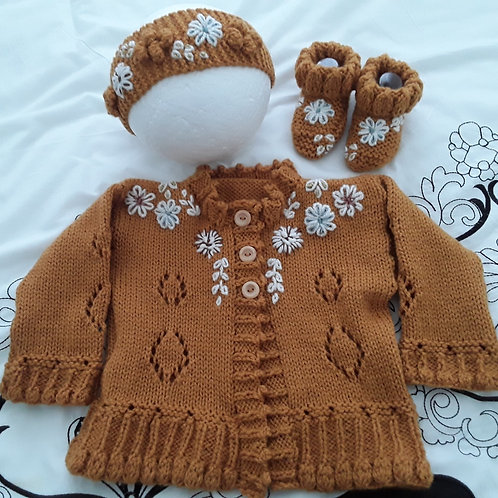 Option 29 all about circles cardigan, matching headband & boots