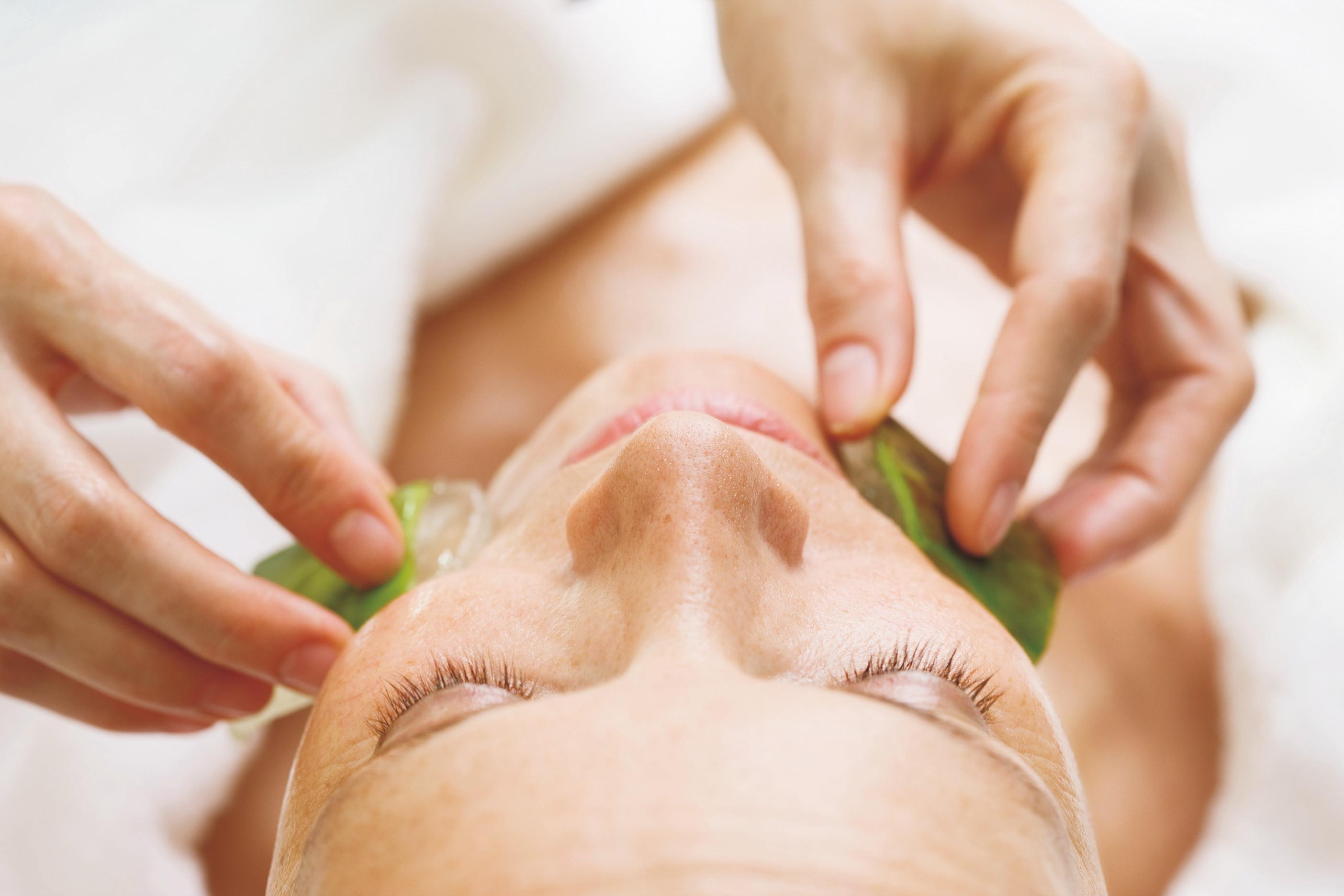 Kosmetik Behandlung für Sie