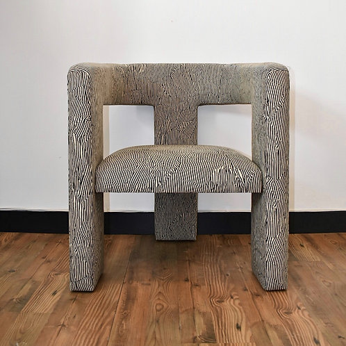 ABSTRACT STRIPES CHAIR