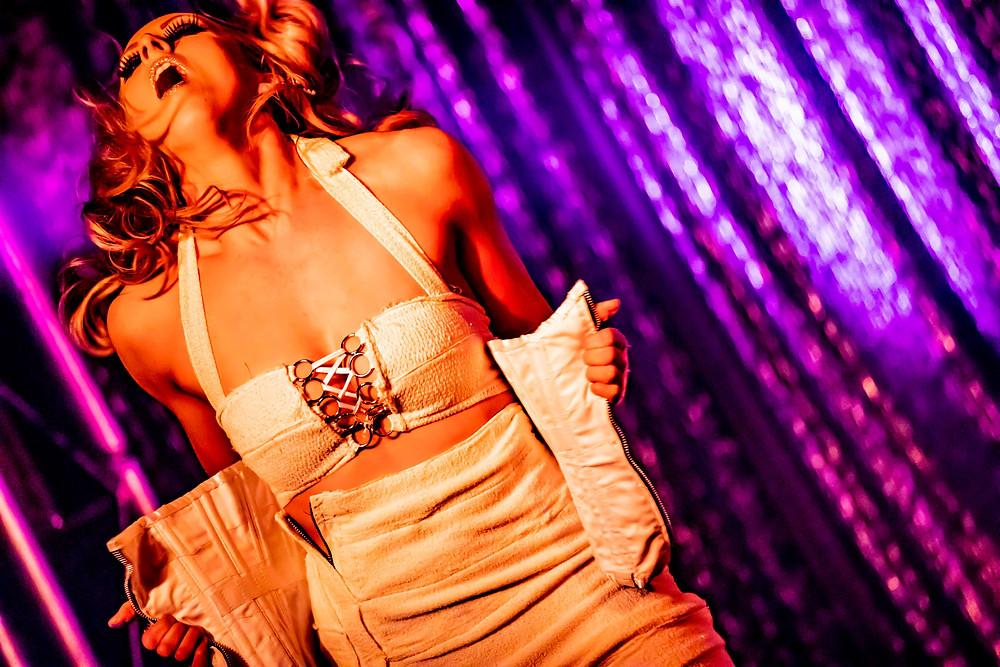 Iva Grande Teeth Act Melbourne Burlesque