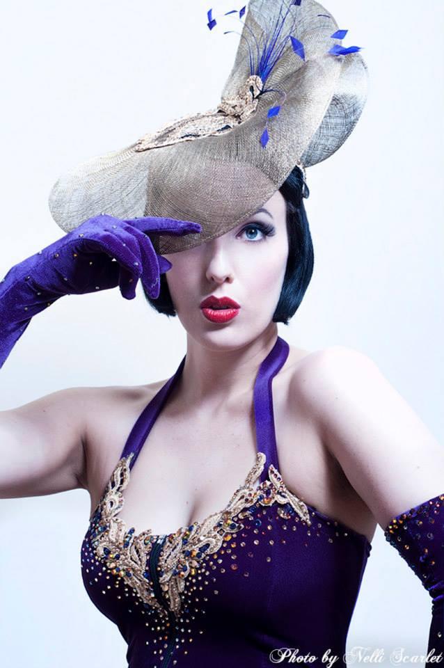 Bella De Jac Performer Showgirl Burlesque Artist Melbourne Showboat