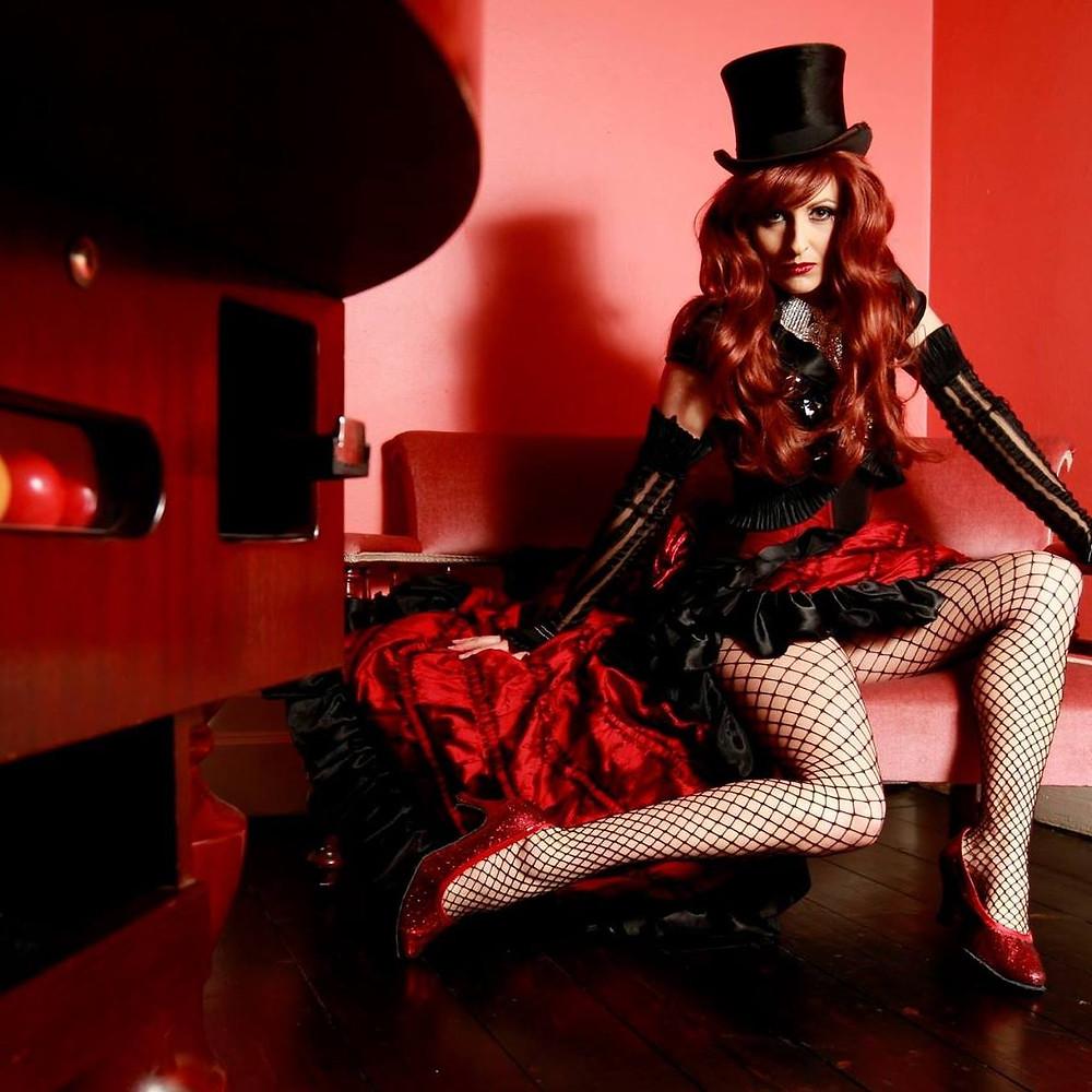 Aurora Burlesque MC Melbourne