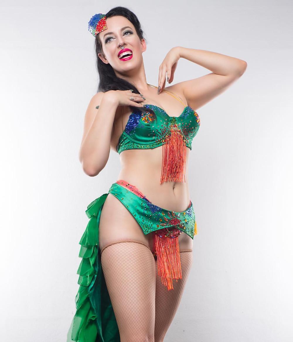 Bella De Jac Melbourne Burlesque Artist Dancer Showgirl
