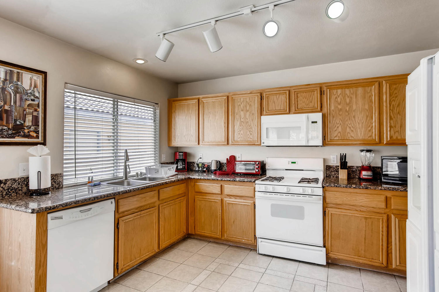 8322 Fame Ave Las Vegas NV-large-008-21-