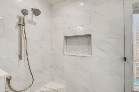 1976 Troon Drive Henderson NV-large-007-005-2nd Floor Primary Bathroom-1500x1000-72dpi.jpg