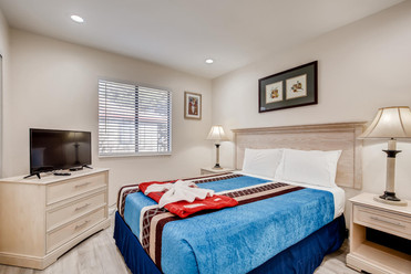 737 Rock Springs Drive Suite-large-009-0