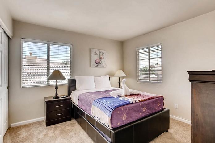 8322 Fame Ave Las Vegas NV-large-021-15-