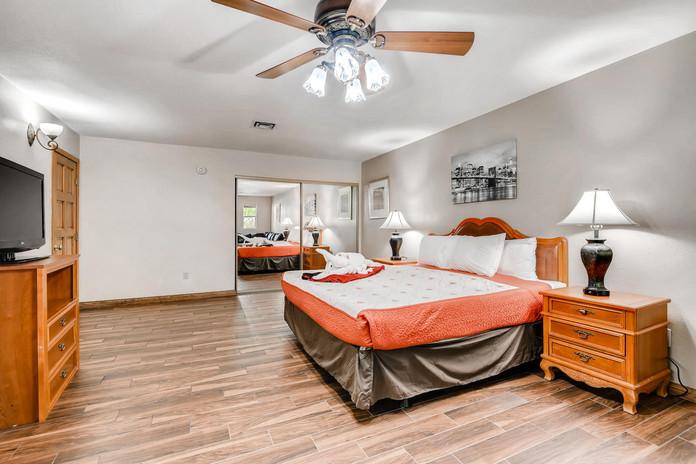 3145 Duneville St Las Vegas NV-large-017