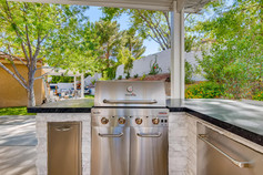 2301 Silver Bluff Ct Las Vegas-large-018-024-Kitchen-1500x1000-72dpi.jpg