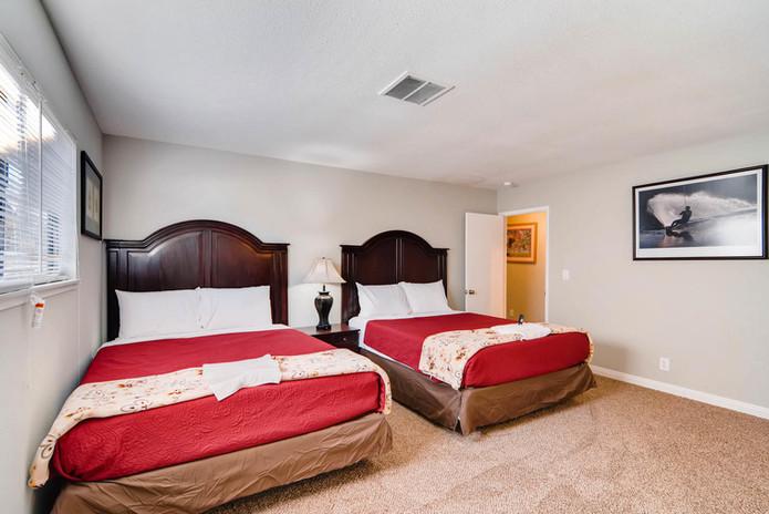 4540 Topaz st Las Vegas NV-large-025-11-