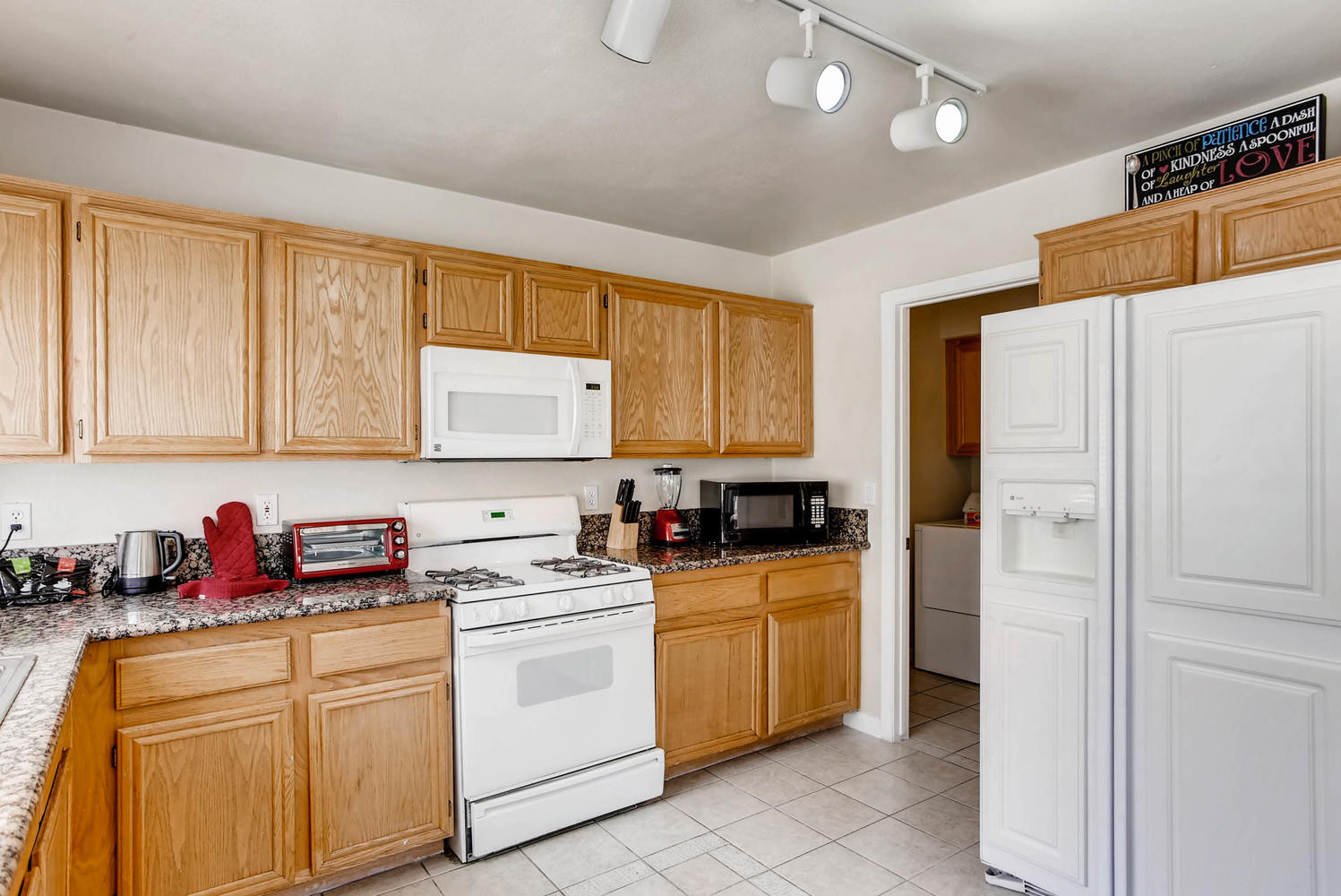 8322 Fame Ave Las Vegas NV-large-009-27-