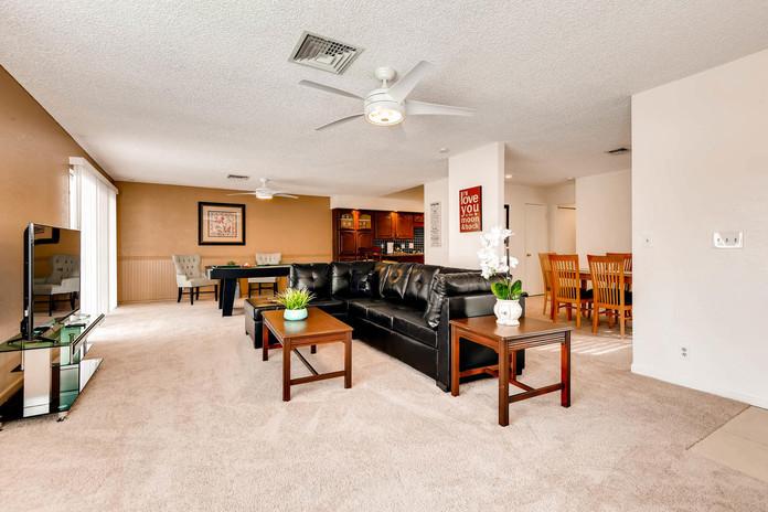 7032 Quarry drive Las Vegas NV-large-008