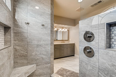 3817 White Castle St Las Vegas-large-008-005-2nd Floor Primary Bathroom-1500x1000-72dpi.jp