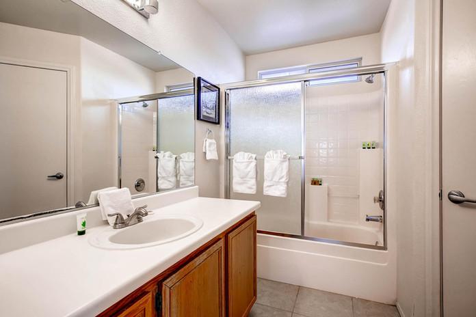 4324 Spruce Grove St Las Vegas-large-021