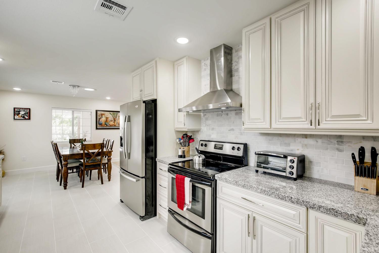 Elegant 4 Bedroom Las Vegas Relocation Temp Stay Rentals