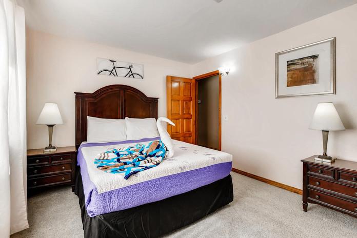 3145 Duneville St Las Vegas NV-large-025