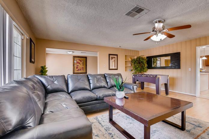 6213 Laredo St Las Vegas NV-large-012-16