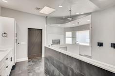2301 Silver Bluff Ct Las Vegas-large-003-003-2nd Floor Primary Bathroom-1500x1000-72dpi.jp