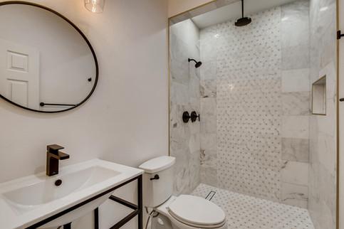 10871 Piccata St Las Vegas NV-large-002-006-Bathroom-1500x1000-72dpi.jpg