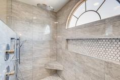 3817 White Castle St Las Vegas-large-002-002-2nd Floor Primary Bathroom-1500x1000-72dpi.jp