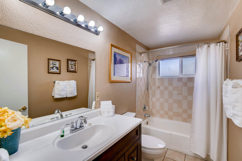 6213 Laredo St Las Vegas NV-large-027-36