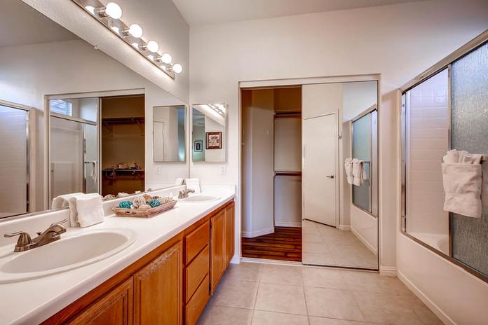 4324 Spruce Grove St Las Vegas-large-016