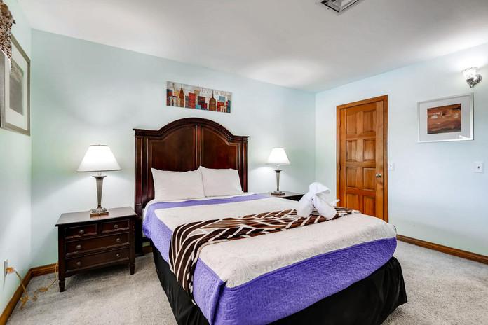 3145 Duneville St Las Vegas NV-large-028