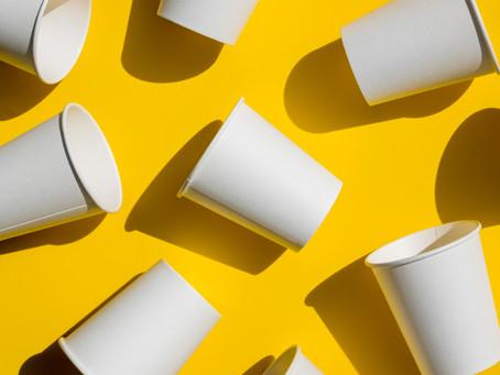 Rūšiuojamas kavos puodelis, kurį sudaro100 proc. popieriaus