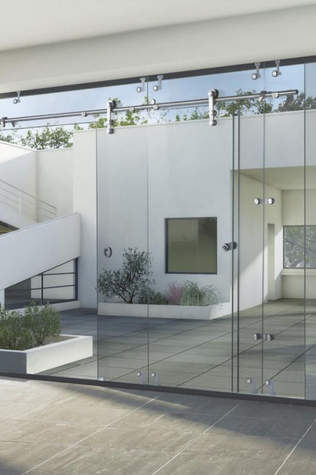 Glass Partition.JPG