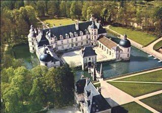 chateau-tanlay.jpg