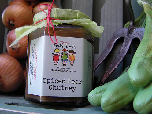 Three Fruity Ladies Spiced Pear Chutney, tangy and fruity, it pairs well with Blue cheese