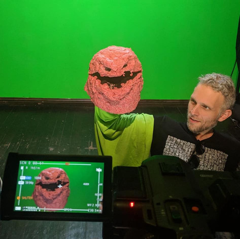 Performing a raw meat puppet in the Mac Sabbath video for Sweet Beef (Summer 2018). I also helped on set as Assistant Director, and assisted with some of the puppet fabrication - then did all of the editing, color correction and vfx in post production. The video was directed by Matt Scott (Rasputin's Puppets) who also fabricated all of the band members as marionettes.