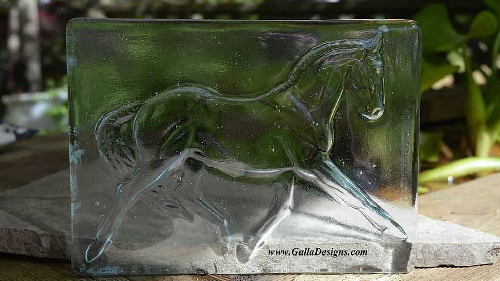 Glass works - Plain Horse