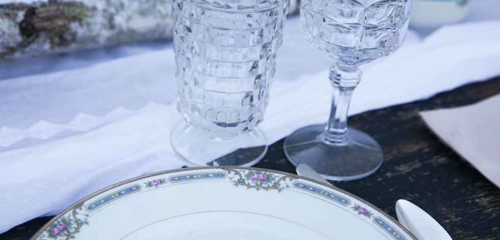 plate w_clear goblets.jpg