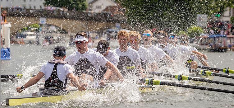 Thames Cup Crew Winning