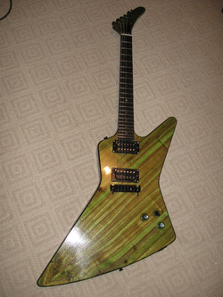 Chinaberyy+Guitar,+green+analine+dye+148.jpg