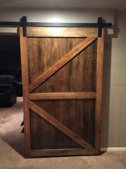Barn-door-pecan-sliding-0558