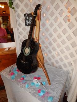 Cedar guitar stand, Jeff S. 0805