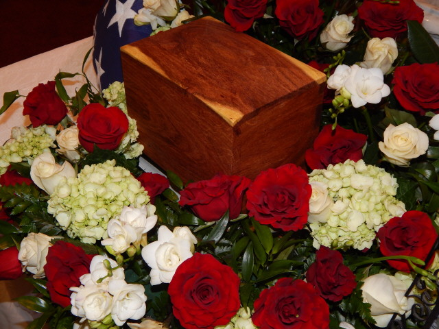 Urn, mesquite for brother Dickie 1250