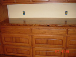 Red+oak+Cabinet+with+Bur+Oak+Counter+Top+1277.JPG