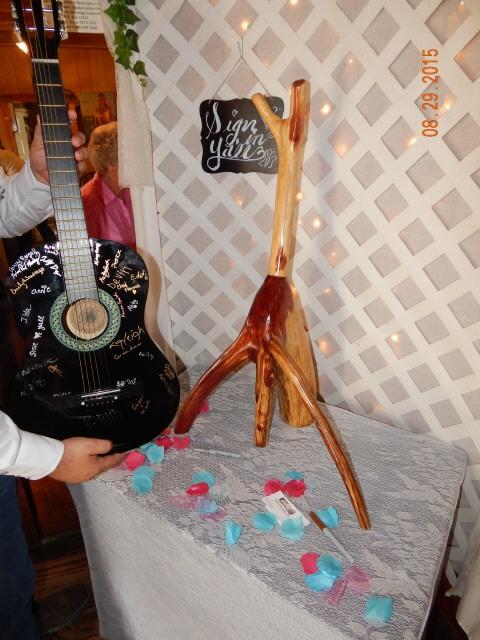 Cedar guitar stand, Jeff S. 0806