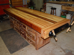 Workbench-new-top-1974