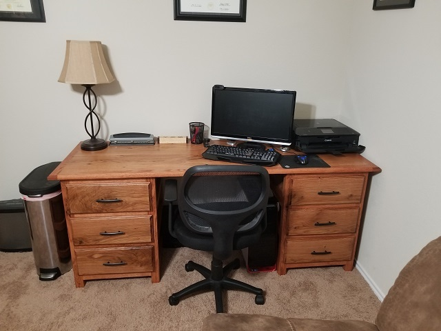 Steve Swisher oak desk 20191225_170000