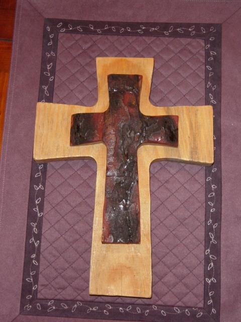 Cross, Bastrop fir pine 2840