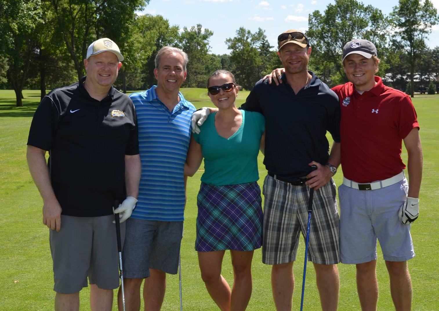 golf-tourney-group.jpg
