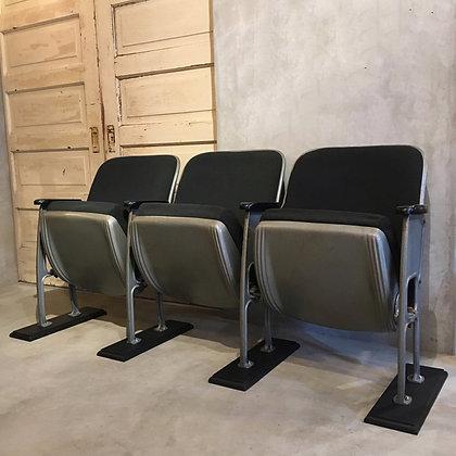 Theatre seats/CM01-09