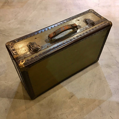 Trunk case/OO01-30