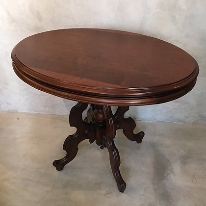 Oval table/TW01-18