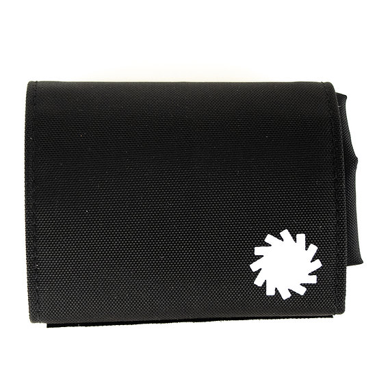 P01 (プレイ) PLAY COMPACT BAG